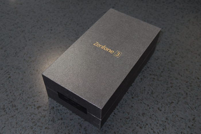 20161007-zenfone3-1